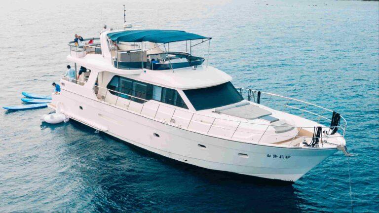 遊艇出租-超級遊艇