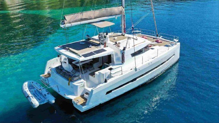遊艇出租-雙體帆船2