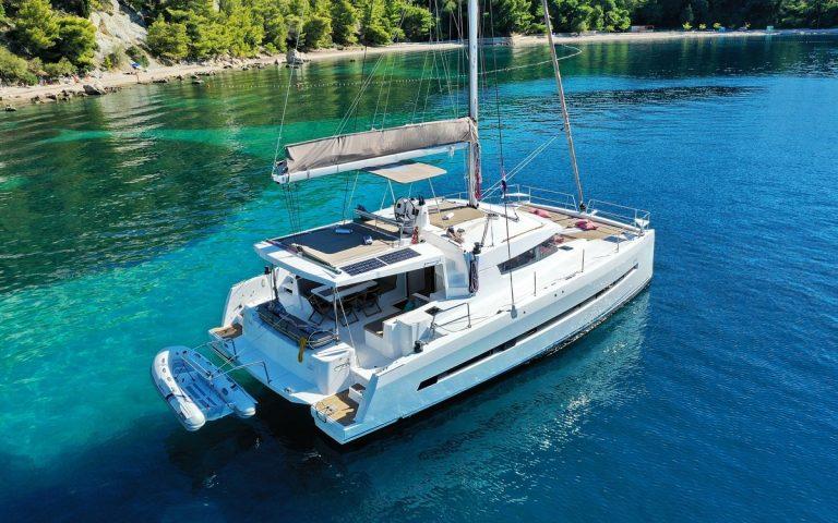 bali-45-sophie-cataran-charter-croatia-03修